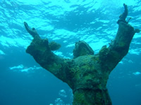 Amazing Underwater Photos ChristoftheAbyss_small